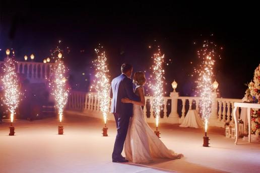 Fuochi d'artificio a un matrimonio